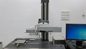 Contour Measuring Instrument